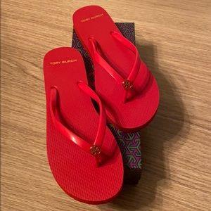New Tory Burch thin flip flop brilliant red sz 10
